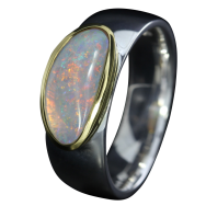 Opal_Ring_Edelopal_Weiss_Ringgroesse_56_17091141