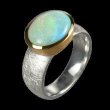 Ring mit ovalem Edelopal, 925er Silber, Ring Größe 54