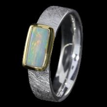 Opalring mit weißem Edelopal, 925er Silber, Ringgröße 55, vergoldet