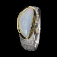 Opal_Ring_Edelopal_Weiss_Silber_Ringgroesse_57_17091103
