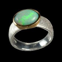 Ring mit ovalem Edelopal, 925er Silber, Ring Größe 55