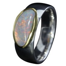 Ring mit spektakulärem Edelopal in Weiß, 925er Silber, goldbelötet mit 750er Gold, Ring Größe 56