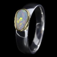 Ring mit strahlendem Edelopal in Weiß, 925er Silber, goldbelötet mit 750er Gold, Ring Größe 56