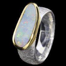 Ring mit funkelndem Edelopal in Weiß, 925er Silber, Ringgröße 54, vergoldet