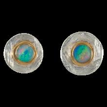 Ohrstecker mit runden, bezaubernd schimmernden Edelopalen, 925er Silber, vergoldet