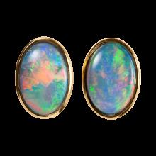 Bezaubernde Opalohrstecker mit ovalen Edelopalen, 750er Gold