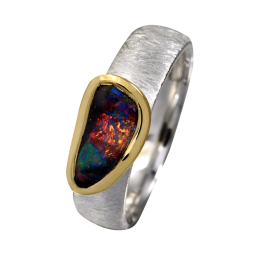 Opal_Ring_Boulderopal_perlmutt_opaque_Ringgroesse_56_silber_teilvergoldet_20100145