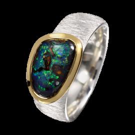 Opal_Ring_Boulderopal_perlmutt_opaque_Ringgroesse_57_silber_vergoldet_20100144